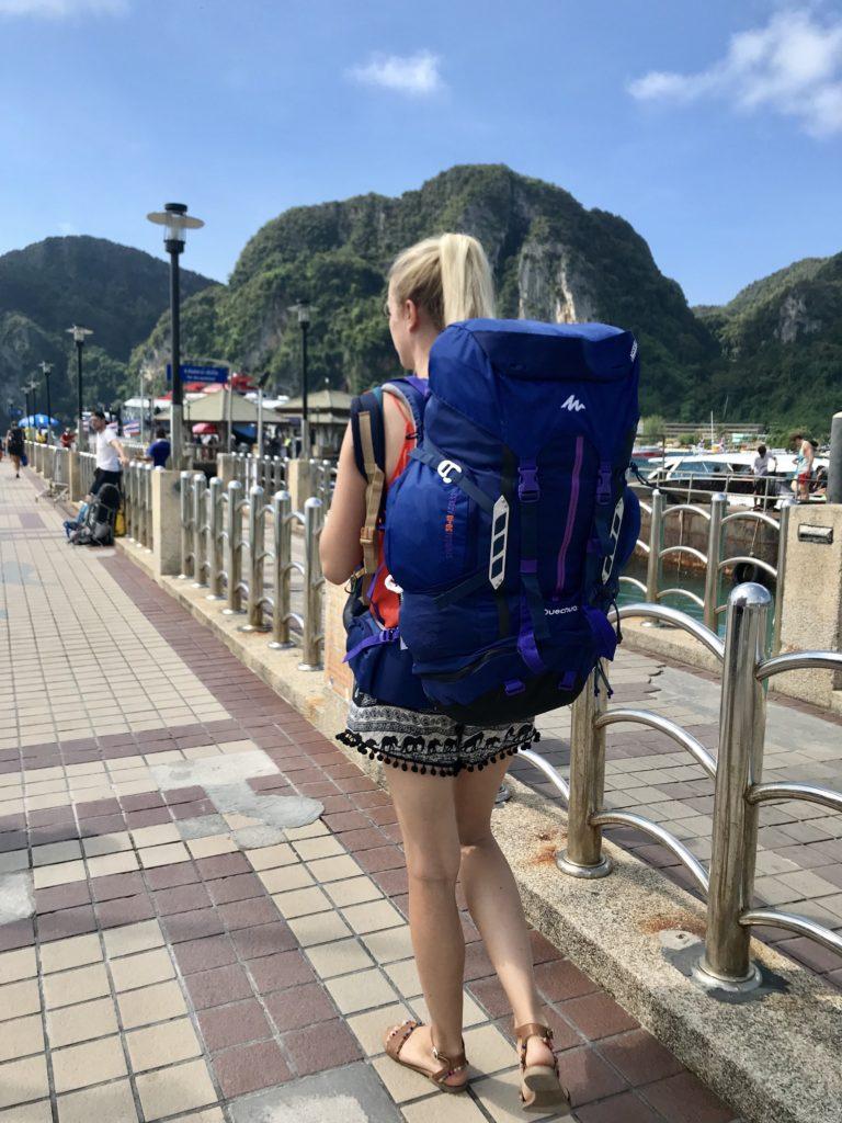 voyage sac à dos seule femme